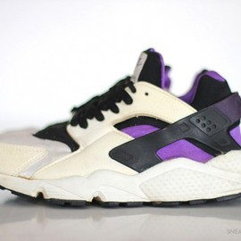 Nike - Air Huarache OG Retro 2013 - Black/Purple