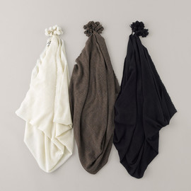 ARTS&SCIENCE - Big tassel Scarf