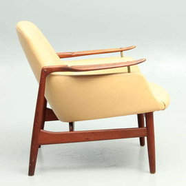 Finn Juhl - NV53 Lounger in Teak and New Leather