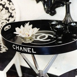 CHANEL - side table