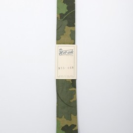 The Hill-Side - Leaf Camo Chino Tie