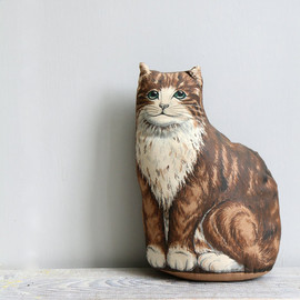 Vintage Kitten Pillow