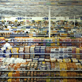 Andreas Gursky - 99 Cent