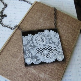 Days Remembered Lace Bib Necklace