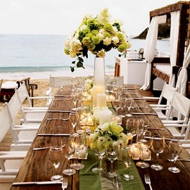 Long table scape wedding green