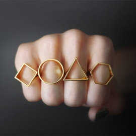 OBJCTS - Geometric Silhouette Rings
