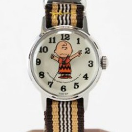 "JOURNAL STANDARD - SNOOPY WATCH ""CHARLIE BROWN"""