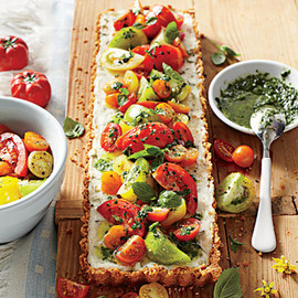 Southern Living Magazine - トマトチーズタルト Tomato-Goat Cheese Tart with Lemon-Basil Vinaigrette Recipe