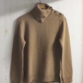 TAKAHIROMIYASHITA The SoloIst. - middle gauge turtle neck sweater. -beige.-