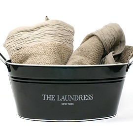 the Laundress - Washing Bucket
