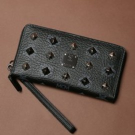 MCM - 【MCM】ZIPPED WALLET LARGE