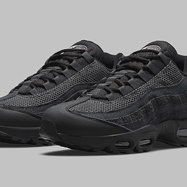 NIKE - Air Max 95 - Black/Iron Grey/Off Noir/Dark Smoke Grey