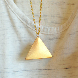 theswanlake - gold triangle necklace - geometric jewelry - minimalist