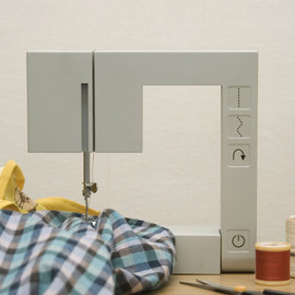 Richard Burrow - Foldable Sewing Machine