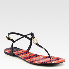 TORY BURCH - Emmy Printed Leather Tstrap Sandals in Blue (navy)