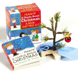 Charles M. Schulz - A Charlie Brown Christmas Kit: Book and Tree Kit