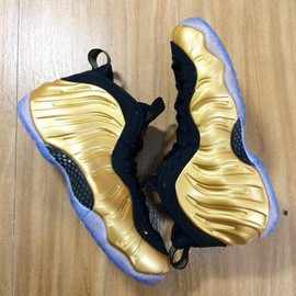 Nike - NIKE AIR FOAMPOSITE ONE METALLIC GOLD/METALLIC GOLD-BLACK