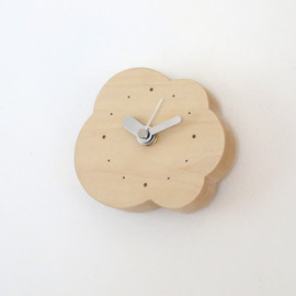 clock|legged small cloud