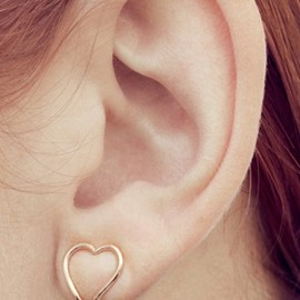 adorable heart-shaped clip ons♡