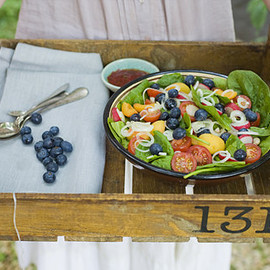 Green Kitchen Stories - Blueberry & Apricot Super Salad