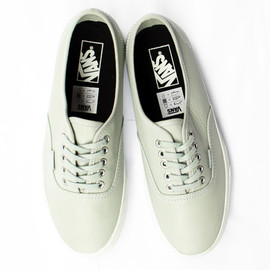 Vans - Authentic Leather