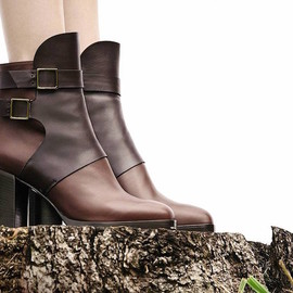 Tod's - Tod's Two-Tone Leather Ankle Boots