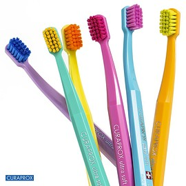 curaprox - tooth brush