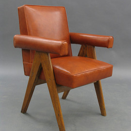 Pierre Jeanneret - Senat chair, Chandigarh, India