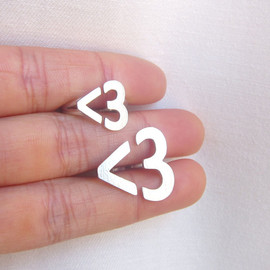 Smiling-Sliver-Smith - Small version - I Heart You <3 Hear Ring - Handmade Silver Ring