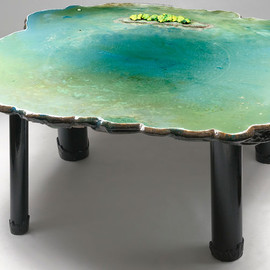 gaetano pesce - pond table