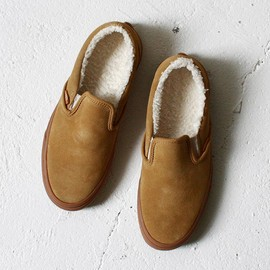 VANS - Classic Slip-On Sherpa - Tan / Medium Gum