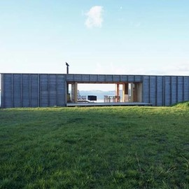 Crosson Clarke Carnachan Architects - Container Home, Coromandel, New Zealand