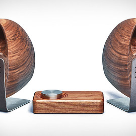 Grovemade - Wooden Speaker System - Walnut