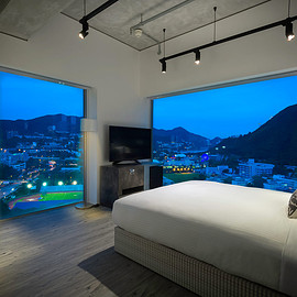 Wong Chuk Hang Road, Hong Kong - Ovolo Southside