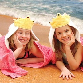 Rara Kinanti - hooded towel princess crown