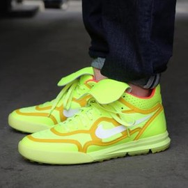 Nike - NIKE TIEMPO '94 LUNAR MID TP QS VOLT/BRIGHT CITRON-HYPER PUNCH-IVORY