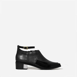 CHARLES&KEITH - POINTED ANKLE STRAP BOOTS