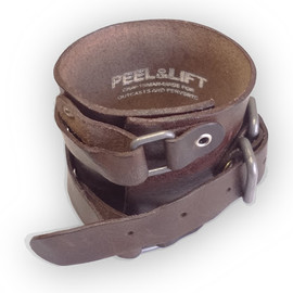 peel & lift - leather wrist strap(choco)