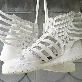 adidas Originals - adidas Originals by Jeremy Scott JS Wings 2.0 Cut Out