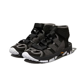 White Mountaineering - VIBRAM SOLE CONTRASTED SANDAL - BLACK