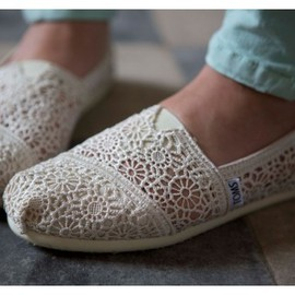 TOMS - Natural Crochet Women's Classics