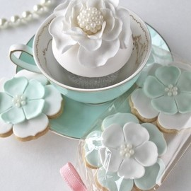 Vintage French Cupcakes