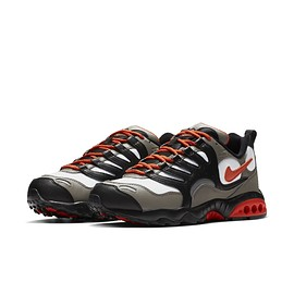 NIKE - Air Terra Humara '18 - Sail/Black/Brown/Crimson Red/Burnt Orange?