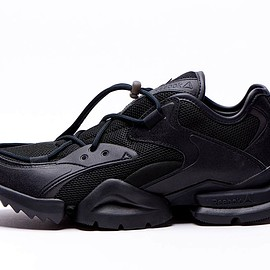 Reebok - Run.r 96 - Triple Black