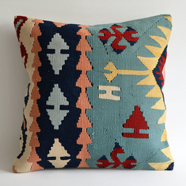 Sukan - Modern Bohemian Throw Pillow. Handwoven Wool Vintage Tribal Turkish Kilim Pillow Cover. 16x16 inch