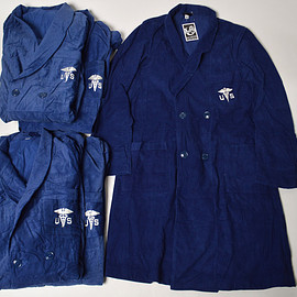 US ARMY MEDICAL CORPS - CORDUROY ROBE COAT