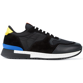 GIVENCHY - Black Runner Sneakers