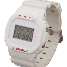 MEDICOM TOY - G-SHOCK DW-5600 キュゥべえ