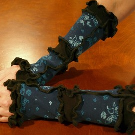 Luulla - Medium Arm Warmers Blue Floral Print and Black Upcycled Knit Wear