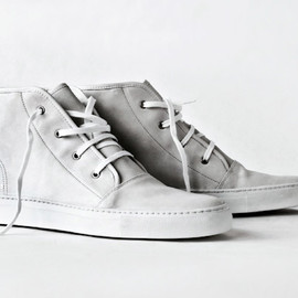 common_projects_perforated_original_achilles_sneakers
